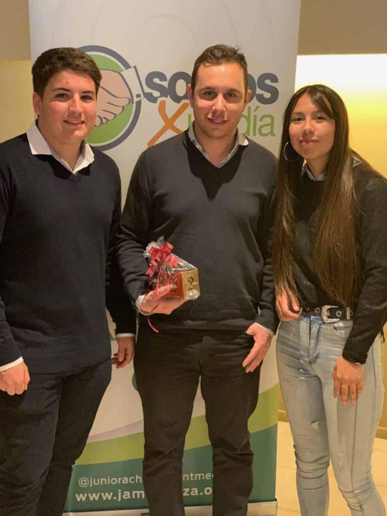 Pedro Bustos, Patricio Moretti y Daniela Espejo