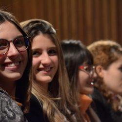 Alumnas en auditorio